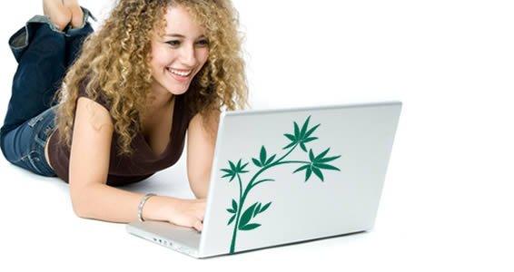 My Flower -laptop skin clings