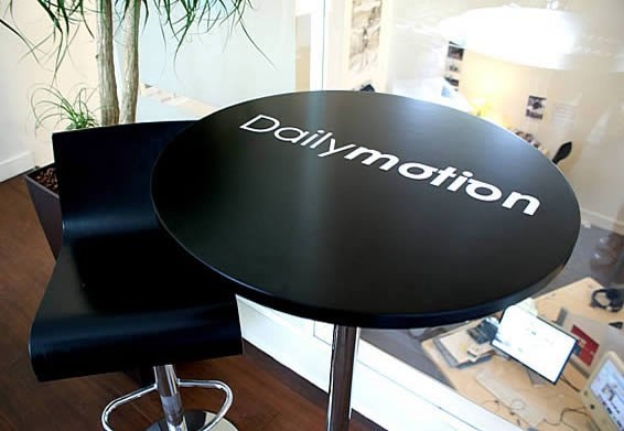 How to use our Custom Decal Lettering and Sticker Quotes  Dezign With a Z FAQ -> Sticker Table